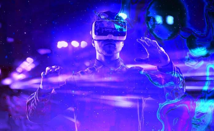 Using AR   VR for Enterprise Innovation  5639742ef9
