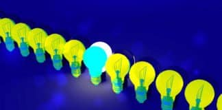 Image of a line of light bulbs