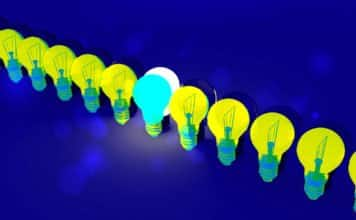 Image of a line of light bulbs