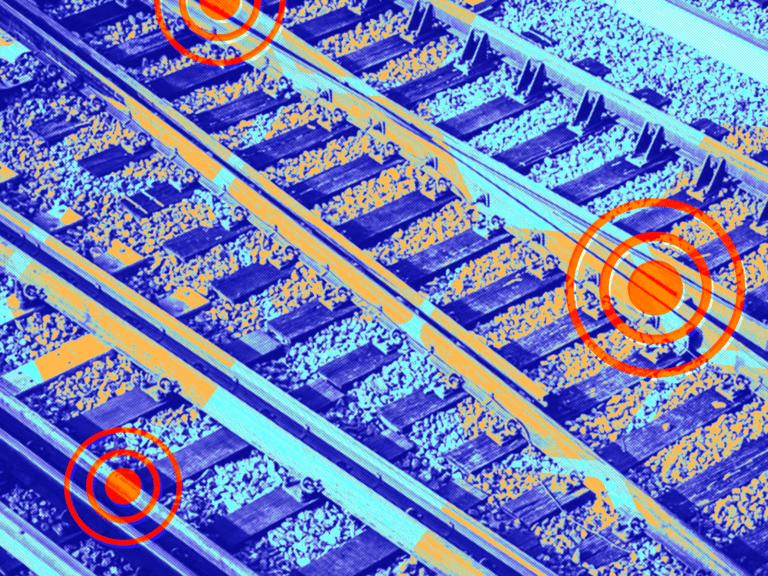 Piezoelectric Rail